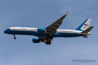 Boeing C-32A (98-0002) - Air Force 2